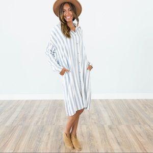Dresses & Skirts - ☀️🌵💕Beach stripe button up pocket dress kimono